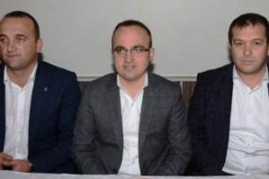 Ağaköy'e Futbol Sahası, Basketbol ve Voleybol Sahası