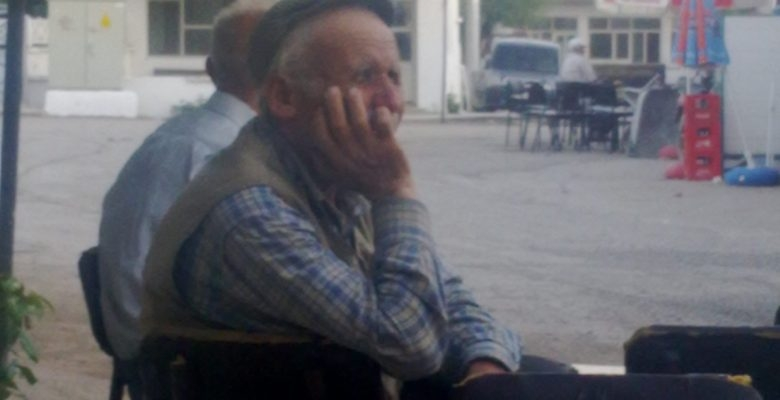 Köyümüzün Sevilen Yaşlılarından Mehmet Amcamızı Kaybettik.